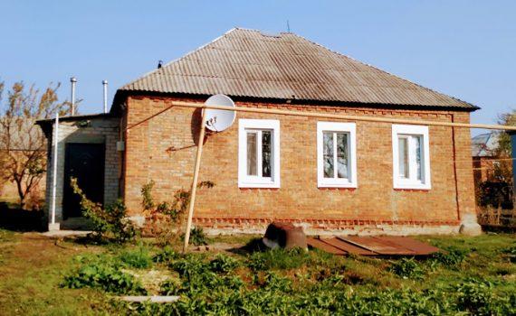 016044 * Дом в Новопокровке