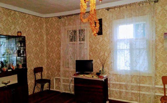016058 * Дом в Новопокровке