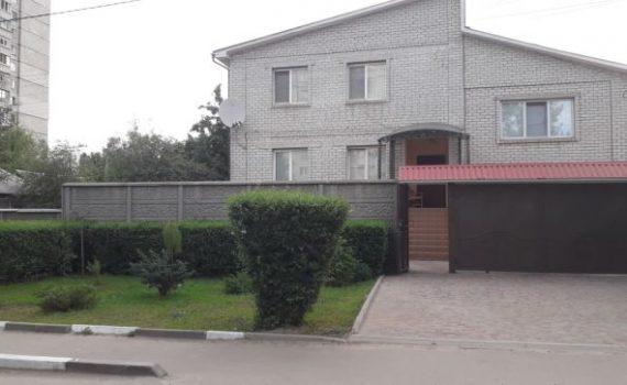 009061 * Дом на Рогани