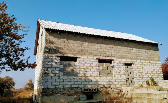 016079 * Дом в Новопокровке