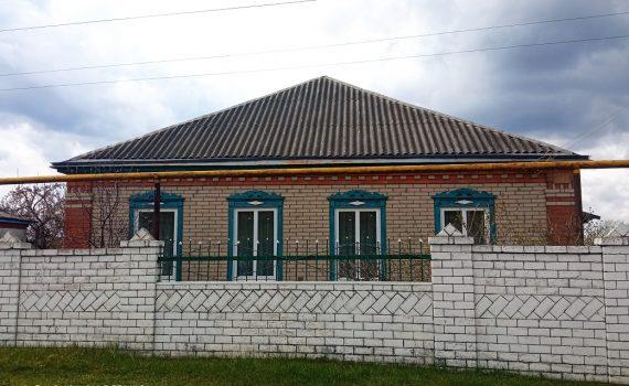 016084 * Дом в Новопокровке